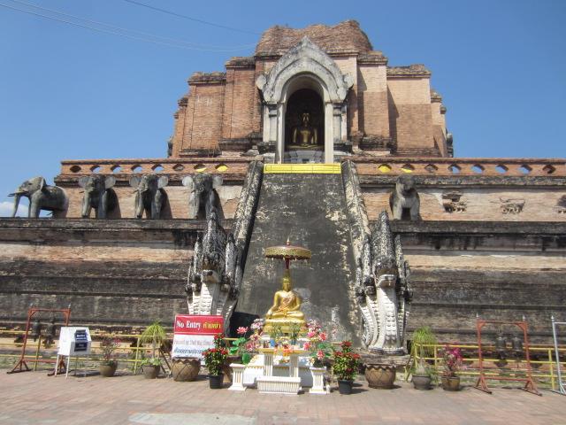 Wat Chedi Luang (18)
