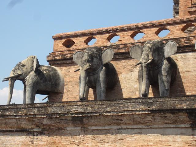 Wat Chedi Luang (20)